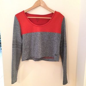Nike Long Sleeve Workout Top Size Small